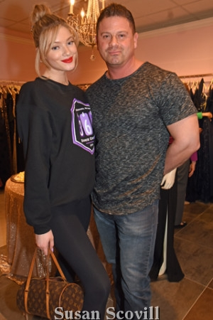 15. Model Sophia Santiago paused for a photo with her father Artemio Santiago.