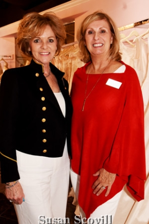 5. Lorrie Fabrizio chatted with Julie Ammon.
