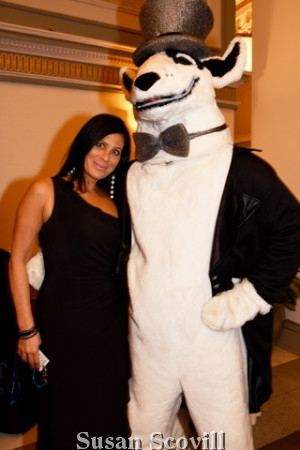 12. The Doggie really got around! Here he is again with Kristi Price!