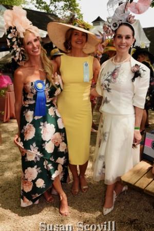 17. Amy Holzapfel and Tiffany Arey paused for a photo with Caroline O'Halloran.