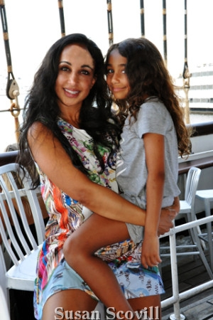 9. Nina Radcliffe brought her daughter Carmen to the event.