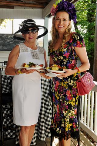 2. Brigid Stasen and Zoya Egan enjoyed the brunch.