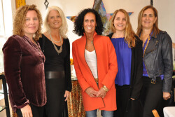Nicole Miller Manayunk hosts 'A Few Kind Words' Workshop led by Tracey Gates