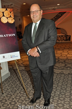 20. Councilman Allan Domb was pictured arriving at the event.