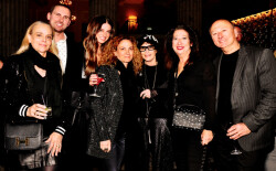 (REPOST) 2019 Philadelphia Style Magazine supporters attend Holiday Season party at the Ritz-Carlton