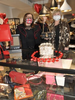Rachelle Designer Boutique & Consignment shop hosts Galantine's Day private shopping event