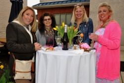 Aroundmainline hosts Ladies Day event at Boutiquethirty in Downingtown