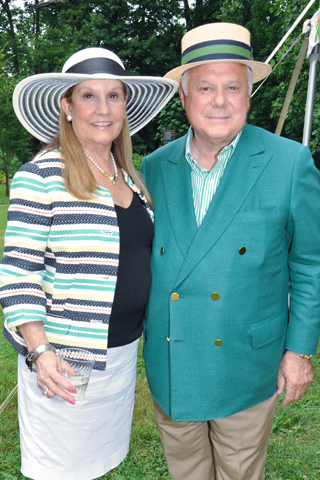 3. Dottie and Frank Giordano attended the event.