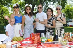 Eurocircle members and guests attend picnic in Marsh Creek State Park