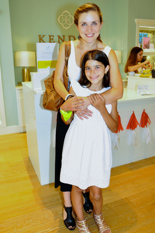 2 Author Tania Trozzo Spensierato and her daughter Giada attended the event