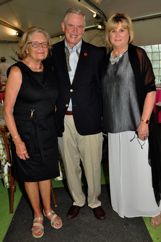 4. Susan B.Smith and her husband William F. Smith III chatted with Mann President Cathy Cahill during the reception.